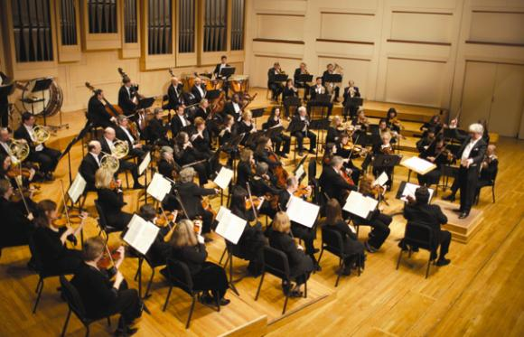 Charlotte Symphony Orchestra: Christopher Warren-Green - Back To The Future In Concert at Belk Theater